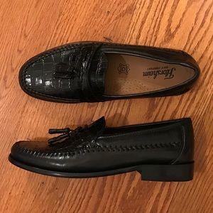 EUC Florsheim Tassel Loafers, Black